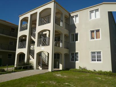 Standard Bank EasySell 3 Bedroom Sectional Title For Sale in Muizenberg   - MR36524