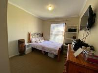 Bed Room 2 - 11 square meters of property in Parklands