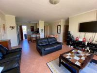 Lounges - 22 square meters of property in Parklands