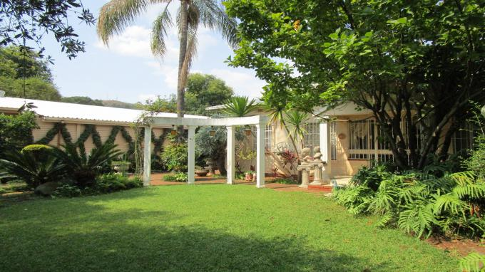 4 Bedroom House for Sale For Sale in Wonderboom South - Private Sale - MR369722