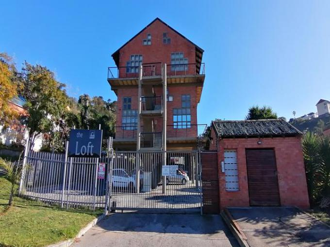 Standard Bank Easysell 3 Bedroom Cluster For Sale In South E