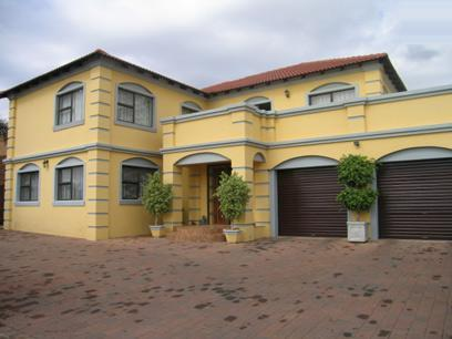 5 Bedroom House for Sale For Sale in Moreletapark - Home Sell - MR37155