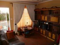 Dining Room - 9 square meters of property in Eldoraigne