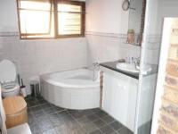 Bathroom 1 - 12 square meters of property in Mnandi AH
