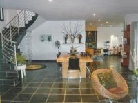 Dining Room - 17 square meters of property in Olivedale