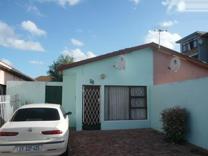 3 Bedroom House For Sale in Parow Central - Private Sale - MR37310