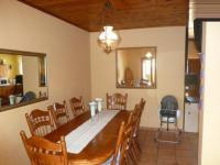 Dining Room - 17 square meters of property in Thalmen
