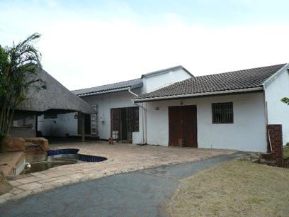 Standard Bank Repossessed 4 Bedroom House for Sale For Sale in Ocean View - DBN - MR37443