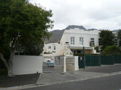 Standard Bank Repossessed House for Sale For Sale in Zonnebloem - MR37444
