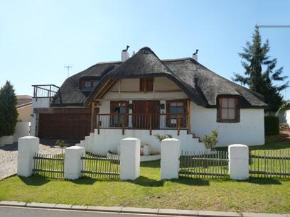Standard Bank Repossessed 4 Bedroom House for Sale For Sale in Malmesbury - MR37445