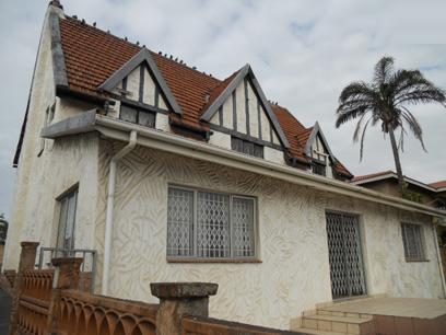 Standard Bank Repossessed 5 Bedroom House For Sale in Wentworth  - MR37451