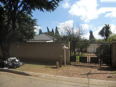Standard Bank Repossessed 3 Bedroom House for Sale For Sale in Witfield - MR37458