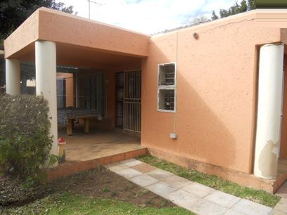 Standard Bank Repossessed 4 Bedroom House For Sale in Magaliessig - MR37490