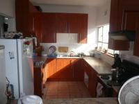 Kitchen - 12 square meters of property in Parrow Valley