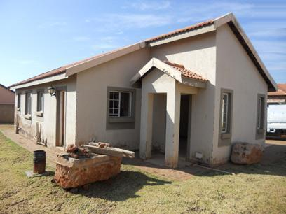 Standard Bank Mandated 3 Bedroom House for Sale on online auction in Clarina - MR37504