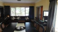 Dining Room - 25 square meters of property in Craigieburn