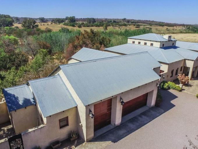 3 Bedroom House for Sale For Sale in Leeuwfontein Estates - MR375661
