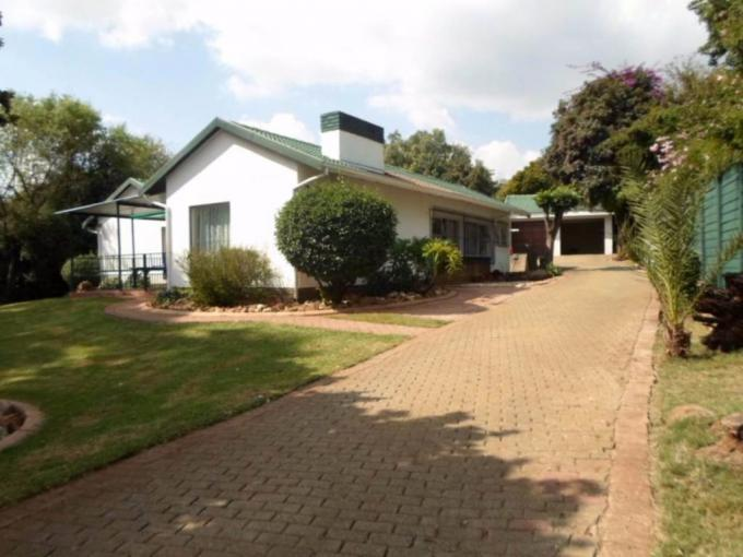 4 Bedroom House for Sale For Sale in Cresta - MR379058