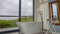Main Bathroom - 15 square meters of property in Witsand