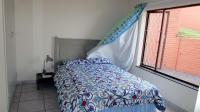 Bed Room 1 - 14 square meters of property in Margate