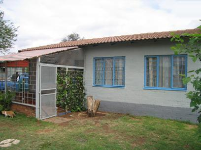 2 Bedroom House For Sale in Booysens - Home Sell - MR38156