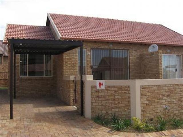 2 Bedroom Simplex For Sale in Brookelands Lifestyle Estate - Home Sell - MR38296