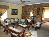 Lounges - 34 square meters of property in Faerie Glen