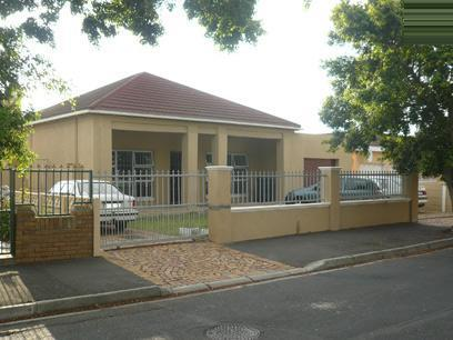 3 Bedroom House For Sale in Goodwood - Private Sale - MR38324