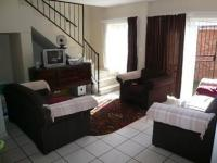 Lounges - 20 square meters of property in Claremont