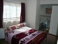 Main Bedroom - 15 square meters of property in Claremont