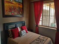 Bed Room 2 of property in Roodepoort