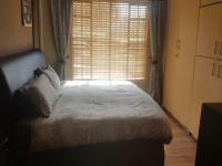 Bed Room 3 of property in Roodepoort