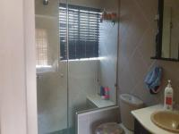 Bathroom 1 of property in Roodepoort