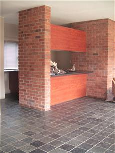 2 Bedroom Apartment to Rent To Rent in Midrand - Private Rental - MR38526