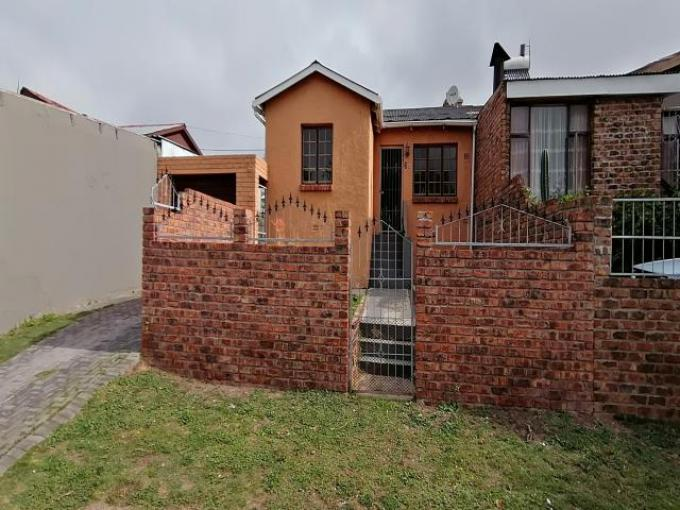 Standard Bank EasySell 3 Bedroom Cluster for Sale in Kensington - PE - MR385902