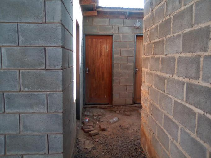 1 Bedroom House for Sale For Sale in Bloemfontein Rural - MR389824