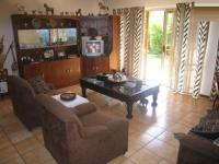 TV Room - 23 square meters of property in Rooihuiskraal