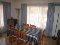 Dining Room - 14 square meters of property in Rooihuiskraal