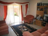 Lounges - 20 square meters of property in Waverley