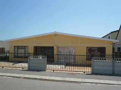 2 Bedroom House For Sale in Strand - Home Sell - MR39328