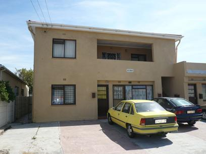 1 Bedroom Apartment for Sale For Sale in Parow Central - Private Sale - MR39453
