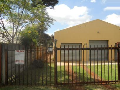 Standard Bank Repossessed 4 Bedroom House on online auction in Impala Park - MR39460