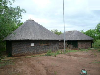 Standard Bank Repossessed 2 Bedroom House for Sale on online auction in Marloth Park - MR39465