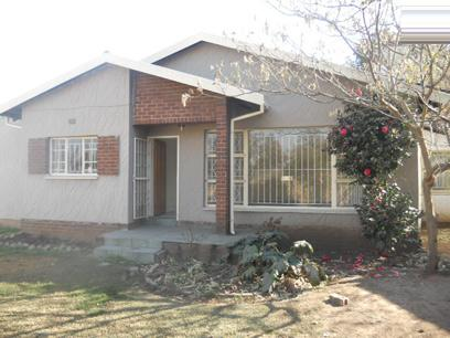 Standard Bank Repossessed 3 Bedroom House For Sale in Germiston - MR39485