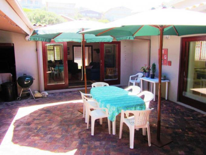 4 Bedroom House for Sale For Sale in Knysna - MR396715