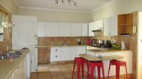 Kitchen - 23 square meters of property in Die Wilgers