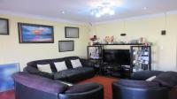 Lounges - 27 square meters of property in Lenasia