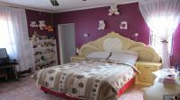 Main Bedroom - 22 square meters of property in Lenasia