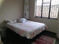 Bed Room 1 - 12 square meters of property in Lenasia