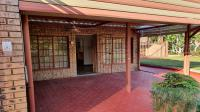 Patio - 59 square meters of property in Modimolle (Nylstroom)